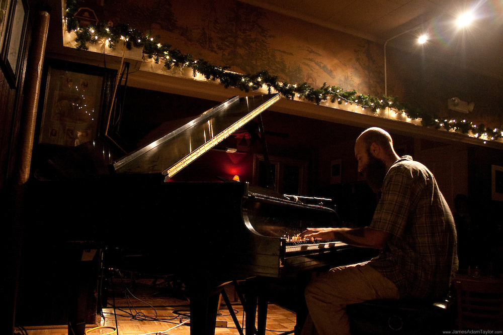 Thru-Hiker Aesop plays improvised classical piano for open mic night at the Deer Head Inn, PA.