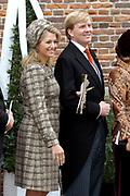 Zijne Hoogheid Prins Floris van Oranje Nassau, van Vollenhoven en mevrouw mr. A.L.A.M. Söhngen zijn zaterdag 22 oktober in de kerk van Naarden in het  huwelijk getreden. De prins is de jongste zoon van Prinses Magriet en Pieter van Vollenhoven.<br /> <br /> Church Wedding Prince Floris and Aimée Söhngen. <br /> <br /> Church Wedding Prince Floris and Aimée Söhngen in Naarden. The Prince is the youngest son of Princess Margriet, Queen Beatrix's sister, and Pieter van Vollenhoven. <br /> <br /> Op de foto / On the photo;<br /> <br /> are Koninklijke Hoogheid Prinses Máxima der Nederlanden en Zijne Koninklijke Hoogheid de Prins van Oranje Willem Alexander<br /> <br /> Her royal highness princess Máxima of the The Netherlands and Willem Alexander