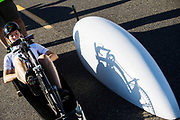 Barbara Buatois zit klaar voor de kwalificaties op maandagmorgen. In Battle Mountain (Nevada) wordt ieder jaar de World Human Powered Speed Challenge gehouden. Tijdens deze wedstrijd wordt geprobeerd zo hard mogelijk te fietsen op pure menskracht. De deelnemers bestaan zowel uit teams van universiteiten als uit hobbyisten. Met de gestroomlijnde fietsen willen ze laten zien wat mogelijk is met menskracht.<br /> <br /> The qualification at Monday morning. In Battle Mountain (Nevada) each year the World Human Powered Speed ??Challenge is held. During this race they try to ride on pure manpower as hard as possible.The participants consist of both teams from universities and from hobbyists. With the sleek bikes they want to show what is possible with human power.