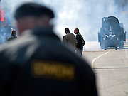 Die von der russischen Spezialeinheit OMON (OMOH)  abgesperrte Prachtstraße Twerskaja vor dem Beginn der größten Militärparade in Rußland seit Ende der Sowjetunion 1991 (9.Mai 2008).<br /> <br /> Street blocked by the Russian Special Purpose Police Squad OMON shortly before the Victory Day parade started (took place the 9th of May 2008) which showcased military hardware for the first time since the Soviet collapse.