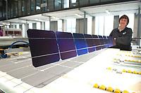 18 FEB 2010, BERLIN/GERMANY:<br /> Fertigung/Montage von Solarmodulen, Fertigungshalle, Solon SE Berlin-Adlershof<br /> IMAGE: 20100218-01-055