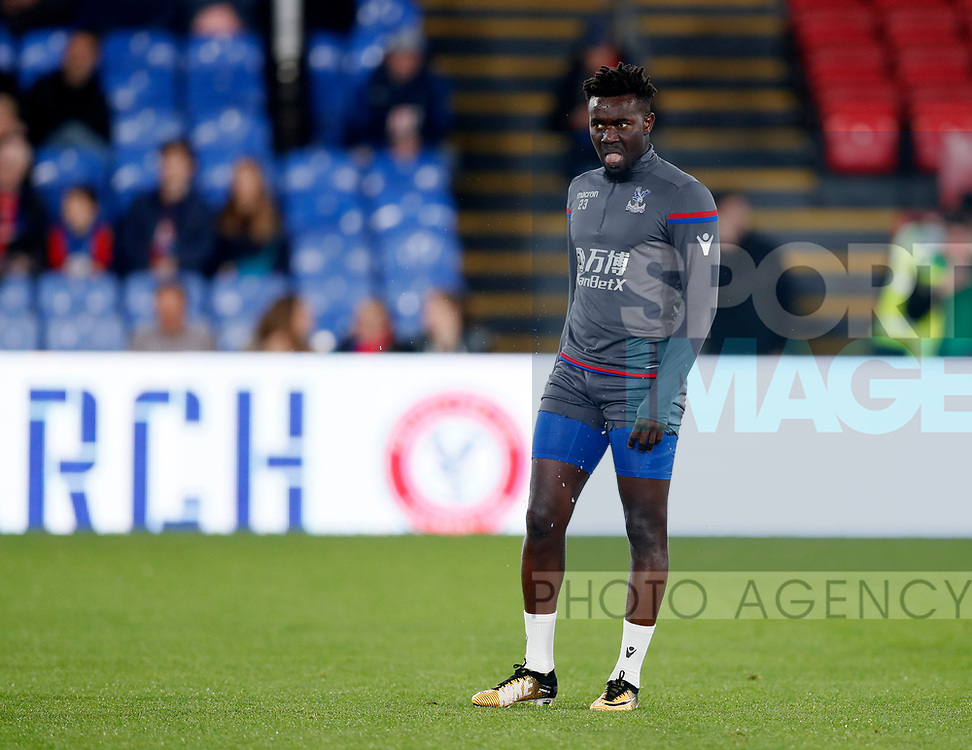 Crystal Palace's Pape Souare warms up during the Carabao cup match at Selhurst Park Stadium, London. Picture date 19th September 2017. Picture credit should read: David Klein/Sportimage