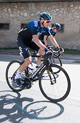 22.04.2019, Kufstein, AUT, Tour of the Alps, 1. Etappe, Kufstein - Kufstein, 144km, im Bild // Christopher Froome (GBR, Team Sky) at Langkampfen during the 1st Stage of the Tour of the Alps Cyling Race from Kufstein to Kufstein (144km) in in Kufstein, Austria on 2019/04/22. EXPA Pictures © 2019, PhotoCredit: EXPA/ Reinhard Eisenbauer