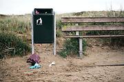 Zwerfafval in het Nederlandse landschap    Litter in the Dutch landscape