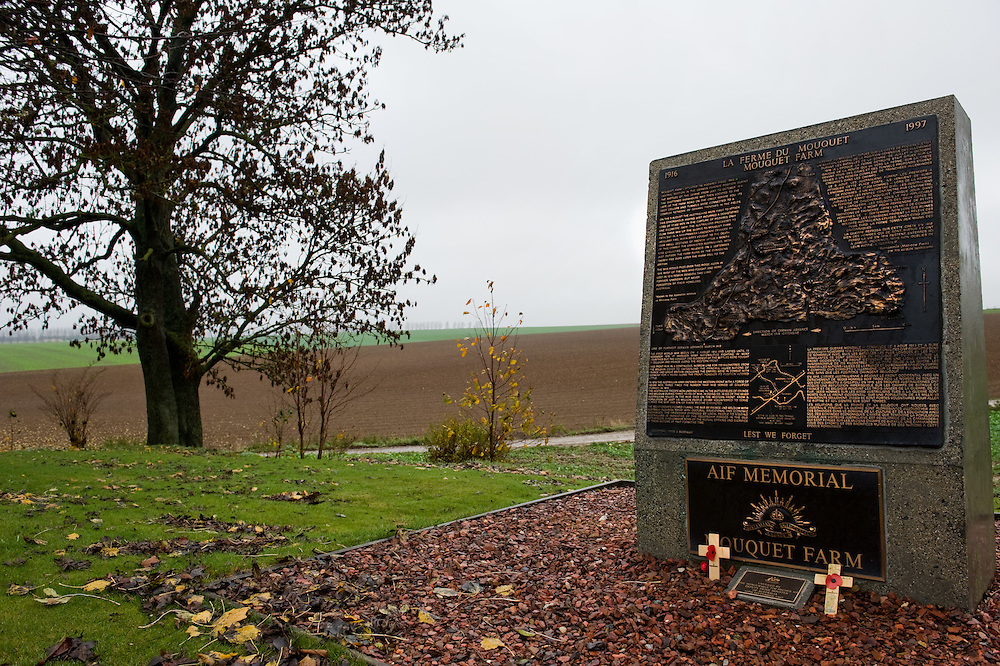 A Ross Bastiaan bronze plaque commemorating the 6.300 dead Australian soldiers died in a month in their attempt to capture the fortified German position in Mouquet Farm (Moo-Cow Farm). The Battle of Mouquet Farm, which began on 5 August 1916, was part of the Battle of the Somme and followed the Battle of Pozières.
