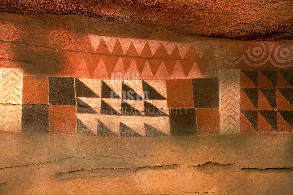 España. Islas Canarias. Gran Canaria. Las Palmas.Réplica de pinturas rupestres de La Cueva Pintada en el Museo Canario..©JOAN COSTA....