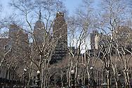New York. Bryant park and garden, / Bryant park,   jardin public  New York - Etats-unis