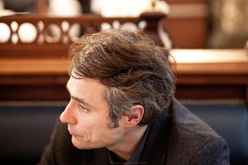 Rencontre débat sur la place du religieux dans l'espace social avec, Jean Birnbaum, journaliste et, Raphaël Lioger, sociologue et philosophe, au restaurant Le Train Bleu, Gare de Lyon, Paris 2016.
