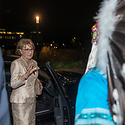 NLD/Den Haag/20181024 - Prinses Akishino en prinses Margriet openen 49th Union World Conference on Lung Health, Prinses Margriet in gesprek met een Indiaan