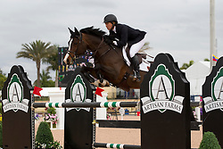 Madden Beezie (USA) - Coral Reef Via Volo <br /> Horseware GP CSI 2*<br /> Wellington 2012<br /> © Hippo Foto - Cealy Tetly