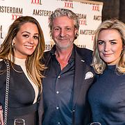 NLD/Amsterdam/20170324 - Uitreiking 2de editie XXXL Magazine, Mark Teurlings, Laurien Verstraten en vriendin