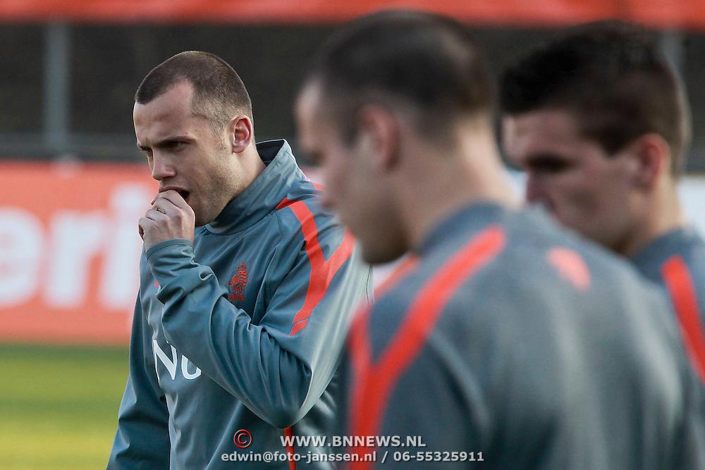 NLD/Katwijk/20110321 - Training Nederlandse Elftal Hongarije - NLD, John Heitinga