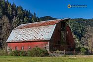Classic red barn neart Reedsport, Oregon, USA