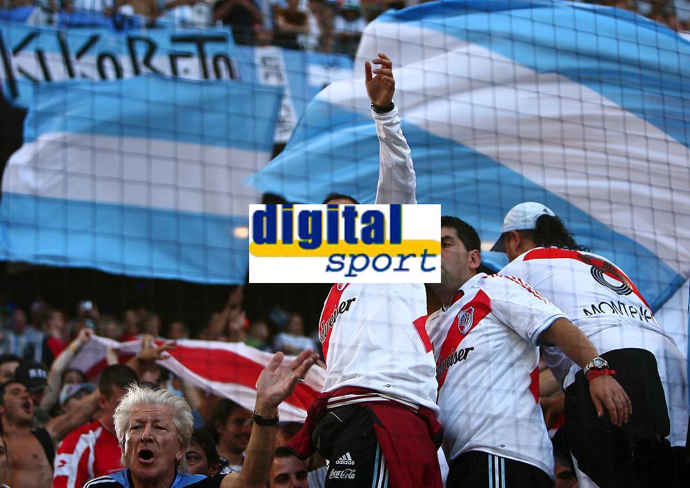 Hamburg 10/6/2006 World Cup 2006<br /> <br /> Argentina Cote d'Ivoire - Argentina Costa d'Avorio 2-1<br /> <br /> Photo Andrea Staccioli Graffitipress<br /> <br /> Argentinian fans
