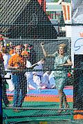 Koningsdag 2014 in de Rijp, het vieren van de verjaardag van de koning. / Kingsday 2014 in the Rijp , celebrating the birthday of the King. <br /> <br /> <br /> Op de foto / On the photo:   Koningin Maxima doet mee met  ''Kat meppen''  / Queen Maxima playing ''Kat meppen''