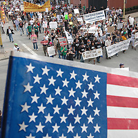 """""""The People's March to the G20"""" demonstrating against the G20 Summit makes it's way peacefully through the street of downtown Pittsburgh, Pennsylvania on September 25, 2009.   Pittsburgh is the host city for the two day  G20 Summit of world leaders.     UPI /Archie Carpenter"""