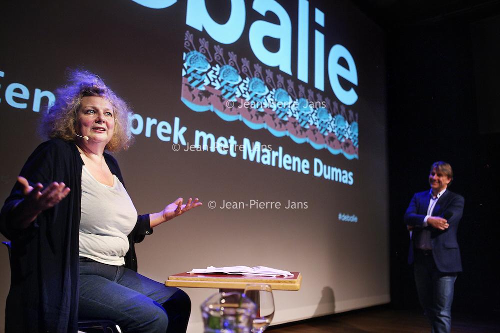 Nederland, Amsterdam , 11 september 2013.<br /> In de Balie.<br /> Een gesprek met kunstenares Marlene Dumas.<br /> Marlene Dumas (Kaapstad, 3 augustus 1953) is een in Zuid-Afrika geboren kunstenares. Zij woont en werkt sinds 1976 in Amsterdam en wordt als een Nederlandse kunstenares beschouwd.<br /> Dumas wordt geinterviewd door journalist en directeur van de Balie Yoeri Albrecht. <br /> A public conversation with artist Marlene Dumas in cultural center De Balie in Amsterdam.<br /> Foto:Jean-Pierre Jans