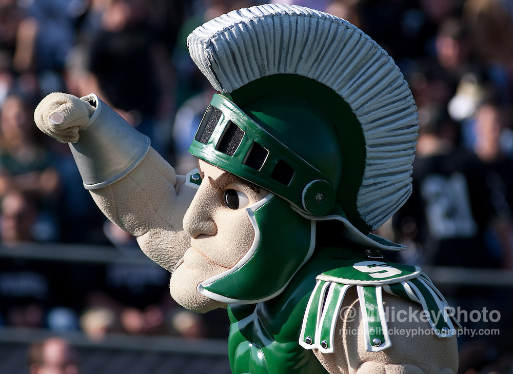 Sports action photography from the Michigan State vs Purdue NCAA football game in West Lafayette, IN on November 14, 2009.