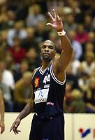 Basketball, 2. oktober 2002. BLNO, Kongsberg Penguins - Kristiansand Pirates. Darnell McCulloch, Kongsberg.