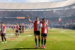 14-05-2017 NED: Kampioenswedstrijd Feyenoord - Heracles Almelo, Rotterdam<br /> In een uitverkochte Kuip pakt Feyenoord met een 3-0 overwinning het landskampioenschap / Bilal Basacıkoglu #14, Mo el Hankouri #40