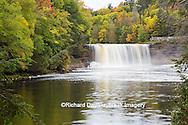 64797-00702 Tahquamenon Falls in fall, Chippewa County, MI