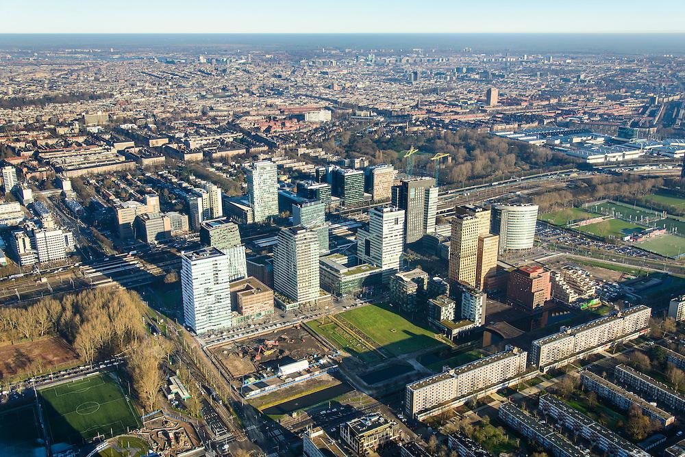 Nederland, Noord-Holland, Amsterdam, 11-12-2013; zicht op de Zuidas vanuit Buitenveldert, Van Nijenrodeweg in de voorgrond. In het midden de A10 met hoofdkantoor ABN-AMRO, de woontorens Symphony 1 en 2 (onderdeel Gershwin), de Vinoly-toren en Ito-toren (onderdeel Mahler4). Aan de andere kant van de ringweg Zuid Station Zuid-WTC, World Trade Centre (WTC)<br /> Zuid-as, 'South axis', financial center in the South of Amsterdam, with headquarters of former ABN AMRO. Amsterdam equivalent of 'the City', financial district. <br /> luchtfoto (toeslag op standaard tarieven);<br /> aerial photo (additional fee required);<br /> copyright foto/photo Siebe Swart.