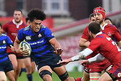 Hendrik Tui of Japan evades the tackle of Dmitry Perov of Russia <br /> <br /> Photographer Craig Thomas<br /> <br /> Japan v Russia<br /> <br /> World Copyright ©  2018 Replay images. All rights reserved. 15 Foundry Road, Risca, Newport, NP11 6AL - Tel: +44 (0) 7557115724 - craig@replayimages.co.uk - www.replayimages.co.uk