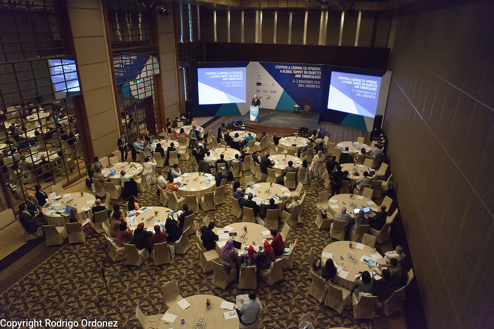 The Executive Director of The Union, José Luis Castro, speaks at the opening of the global summit on diabetes and tuberculosis in Bali, Indonesia, on November 2, 2015.<br /> The increasing interaction of TB and diabetes is projected to become a major public health issue.The summit gathered a hundred public health officials, leading researchers, civil society representatives and business and technology leaders, who committed to take action to stop this double threat. (Photo: Rodrigo Ordonez for The Union)