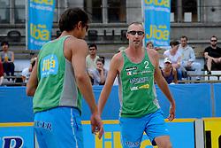 06-06-2010 VOLLEYBAL: JIBA GRAND SLAM BEACHVOLLEYBAL: AMSTERDAM<br /> In een koninklijke ambiance streden de nationale top, zowel de dames als de heren, om de eerste Grand Slam titel van het seizoen bij de Jiba Eredivisie Beach Volleyball - Reinder Nummerdor / Richard Schuil <br /> ©2010-WWW.FOTOHOOGENDOORN.NL