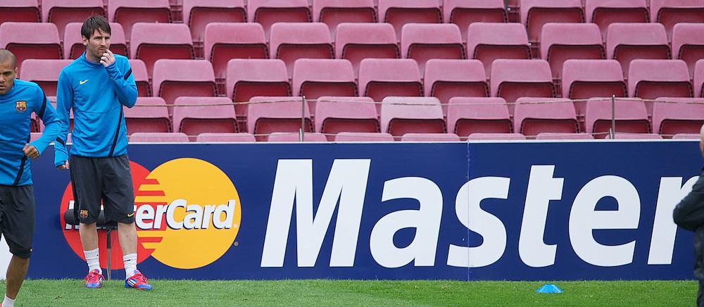23.04.2012, Stadion Camp Nou, Barcelona, ESP, UEFA CL, Halblfinal-Rueckspiel, FC Barcelona (ESP) vs FC Chelsea (ENG), im Bild FC Barcelona Lionel Messi ahead the UEFA Championsleague Halffinal 2st Leg Match, between FC Barcelona (ESP) and FC Chelsea (ENG), at the Camp Nou Stadium, Barcelona, Spain on 2012/04/23. EXPA Pictures © 2012, PhotoCredit: EXPA/ Propagandaphoto/ David Rawcliffe..***** ATTENTION - OUT OF ENG, GBR, UK *****