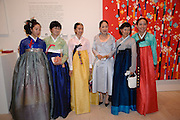 TAM KYUNG SUN; HEE YONG NOY; JIEWON PARK; DOWAGER VISCOUNTESS ROTHERMERE; KO EUN KYUNG; SHANA HONG, Korean Eye Dinner  hosted by The Dowager Viscountess Rothermere and Simon De Pury.Sponsored by CJ, Korean Food Globalization Team, Hino Consulting and Visit Korea Committee. Phillips de Pury Space, Saatchi Gallery.  Sloane Sq. London. 2 July 2009.