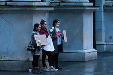 2018-03-29 SWNS - Three women hold #IBelieveHer protest at Marble Arch