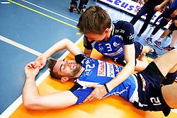 20150501 BEL: Volley Behappy2 Asse-Lennik - Knack Roeselare, Zellik<br />Ruben van Hirtum (12) of Knack Volley Roeselare, Joppe Paulides (3) of Knack Volley Roeselare<br />©2014-FotoHoogendoorn.nl / Pim Waslander