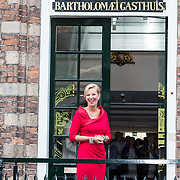 NLD/Utrecht/20170824 -  Koningin Maxima bij viering 650 jaar Bartholomeus Gasthuis, Willy van Egdom