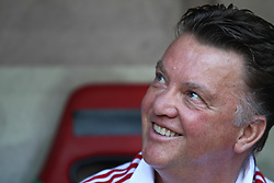07.08.2010,  Augsburg, GER, 1.FBL, Supercup, FC Bayern Muenchen vs FC Schalke 04,  im Bild Louis van Gaal (Trainer Bayern)  auf der Trainerbank , EXPA Pictures © 2010, PhotoCredit: EXPA/ nph/ . Straubmeier+++++ ATTENTION - OUT OF GER +++++ / SPORTIDA PHOTO AGENCY