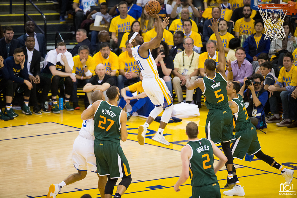 Golden State Warriors guard Ian Clark (21) attacks the basket against the Utah Jazz during Game 1 of the Western Conference Semifinals at Oracle Arena in Oakland, Calif., on May 2, 2017. (Stan Olszewski/Special to S.F. Examiner)