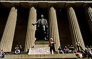 New York, Federal hall in wall street with a statue of georges washington / Le Federal Hall a wall street avec la satue de georges washington