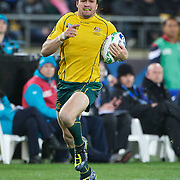Adam Ashley-Cooper races away for a try during the Australia V USA, Pool C match during the IRB Rugby World Cup tournament. Wellington Stadium, Wellington, New Zealand, 23rd September 2011. Photo Tim Clayton...
