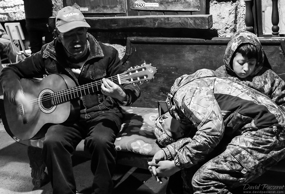 The guitarist and the sleepers...