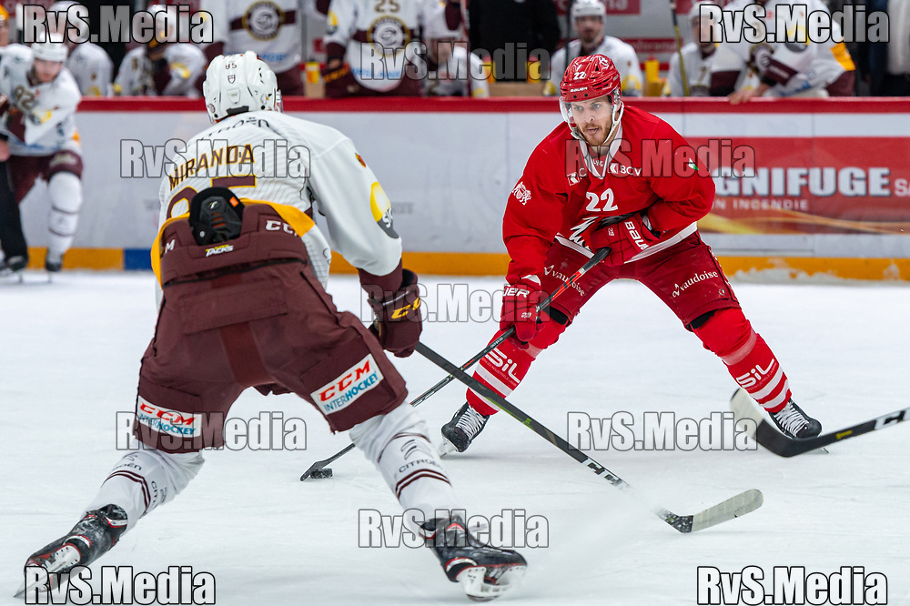 LAUSANNE, SWITZERLAND - NOVEMBER 23: #22 Christoph Bertschy of Lausanne HC in action during the Swiss National League game between Lausanne HC and Geneve-Servette HC at Vaudoise Arena on November 23, 2019 in Lausanne, Switzerland. (Photo by Monika Majer/RvS.Media)