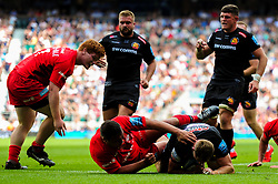 Sam Hill of Exeter Chiefs scores his sides fifth try of the game  - Mandatory by-line: Ryan Hiscott/JMP - 01/06/2019 - RUGBY - Twickenham Stadium - London, England - Exeter Chiefs v Saracens - Gallagher Premiership Rugby Final