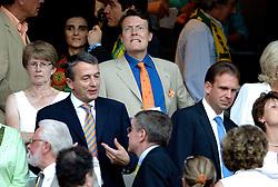 25-06-2006 VOETBAL: FIFA WORLD CUP: NEDERLAND - PORTUGAL: NURNBERG<br /> Oranje verliest in een beladen duel met 1-0 van Portugal en is uitgeschakeld / Prins Constantijn<br /> ©2006-WWW.FOTOHOOGENDOORN.NL