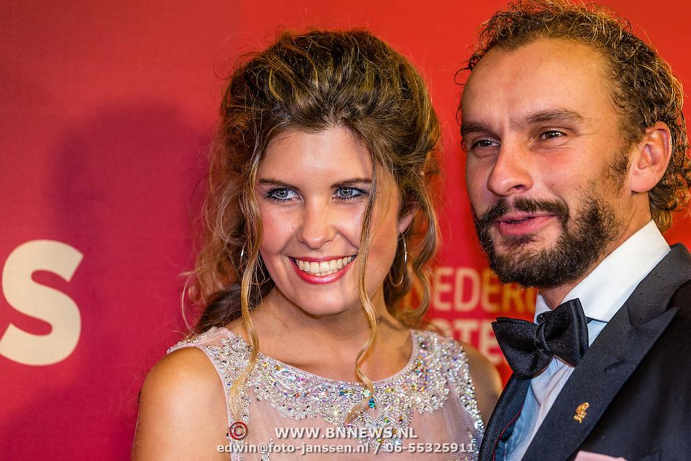 NLD/Amsterdam/20161221 - NOC*NSF Sportgala 2016, Joost Luiten en partner Melanie Lancaster