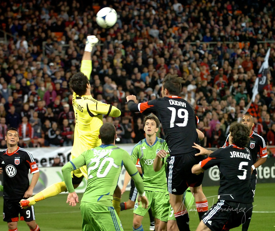 D.C. United and the Seattle Sounders battled to a hard-fought 0-0 draw tonight at RFK Stadium in front of 15, 651 fans.