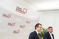 26.08.2015, Parlamentsklub TS, Wien, AUT, Team Stronach, Pressekonferenz mit den Themen Personelles und Asyl. im Bild v.l.n.r. Klubobmann Team Stronach Robert Lugar und Generalsekretär Team Stronach Christoph Hagen // during press conference of Team Stronach at parliamentary club TS in Vienna, Austria on 2015/08/026. EXPA Pictures © 2015, PhotoCredit: EXPA/ Michael Gruber