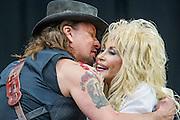 Dolly Parton and her special guest Riche Sambora, guitarist from Bon Jovi. The 2014 Glastonbury Festival, Worthy Farm, Glastonbury. 29 June 2013.  Guy Bell, 07771 786236, guy@gbphotos.com