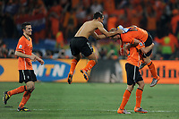FOOTBALL - FIFA WORLD CUP 2010 - 1/4 FINAL - NETHERLANDS v BRAZIL - 2/07/2010 - PHOTO FRANCK FAUGERE / DPPI - JOY NETHERLANDS AT THE END OF MATCH