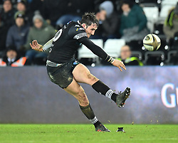 Ospreys' Sam Davies<br /> <br /> Photographer Mike Jones/Replay Images<br /> <br /> Guinness PRO14 Round Round 16 - Ospreys v Cheetahs - Saturday 24th February 2018 - Liberty Stadium - Swansea<br /> <br /> World Copyright © Replay Images . All rights reserved. info@replayimages.co.uk - http://replayimages.co.uk
