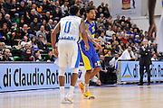 DESCRIZIONE : Eurolega Euroleague 2015/16 Group D Dinamo Banco di Sardegna Sassari - Maccabi Fox Tel Aviv<br /> GIOCATORE : Sylven Landesberg<br /> CATEGORIA : Palleggio<br /> SQUADRA : Maccabi FOX Tel Aviv<br /> EVENTO : Eurolega Euroleague 2015/2016<br /> GARA : Dinamo Banco di Sardegna Sassari - Maccabi Fox Tel Aviv<br /> DATA : 03/12/2015<br /> SPORT : Pallacanestro <br /> AUTORE : Agenzia Ciamillo-Castoria/C.Atzori