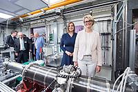 31 MAY 2018, HAMBURG/GERMANY:<br /> Katharina Fegebank (L), B90/Gruene, 2. Buergermeisterin Hamburg und Bildungssenatorin, und Anja Karliczek (R), CDU, Bundesministerin fuer Bildung und Forschung, besichtigen eine Einrichtung der Synchrotronstrahlungsquelle PETRA III/IV, Besuch des Deutschen Elektronen-Synchrotons, DESY<br /> IMAGE: 20180531-01-148